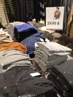 T-shirt jaune et cadeaux pour hommes chez H&M