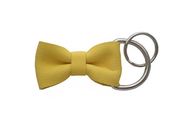 bow-key-chain