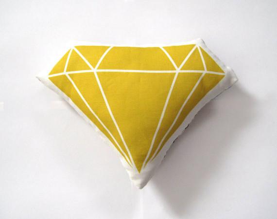 diamond-plush