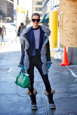 mackenzie drazan rag and bone coat sorel boots and givenchy bag