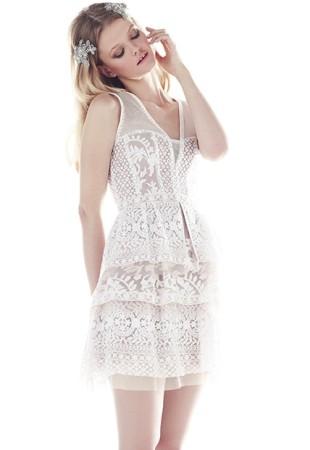 robe courte dentelle