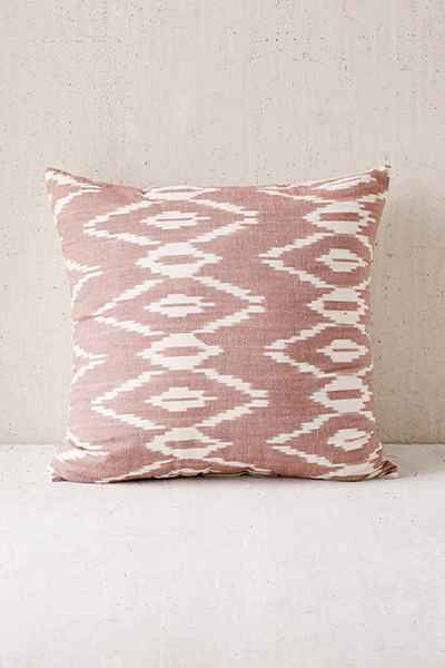alyssa mauve ikat pillow 49$