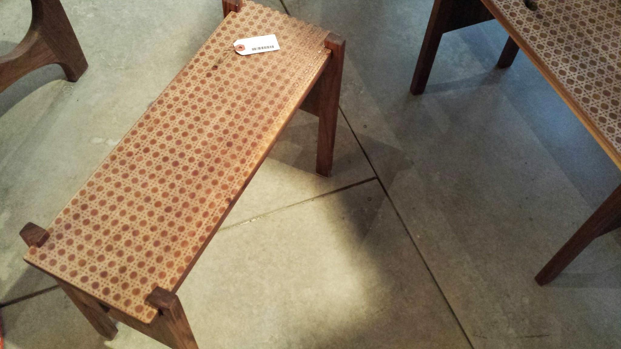 Table basse avec imprimé en noyer prix variables selon les dimensions