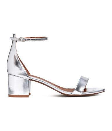sandales h&m 39,99$