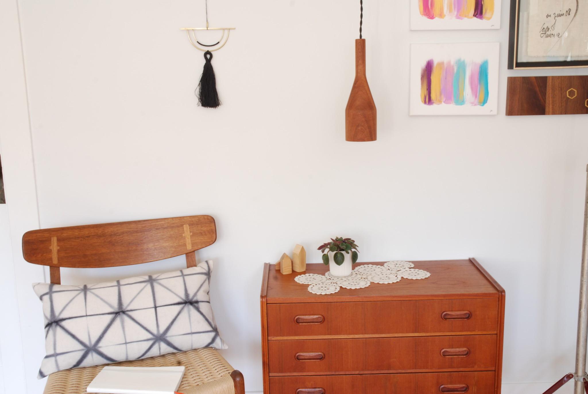 Lampe Quille | Décoration murale | Coussin Shibori logwood