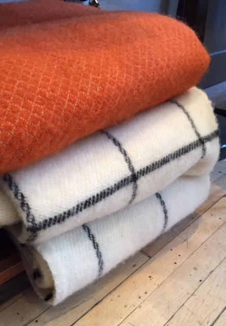 Couvertures de laine 160$