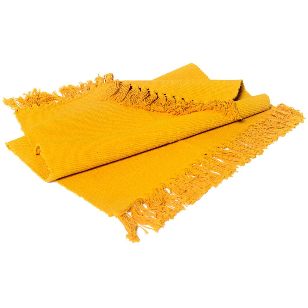 Tapis jaune 60 x 90cm 29$