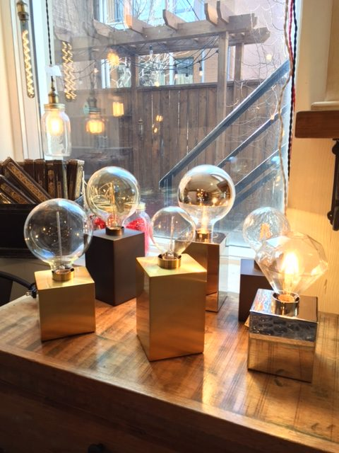 Luminaires de table - prix variés
