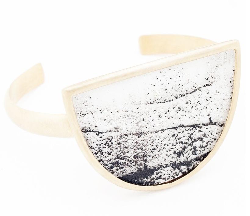 Bracelet Black Sand, par Marie-Louise Beauchesne, 165$