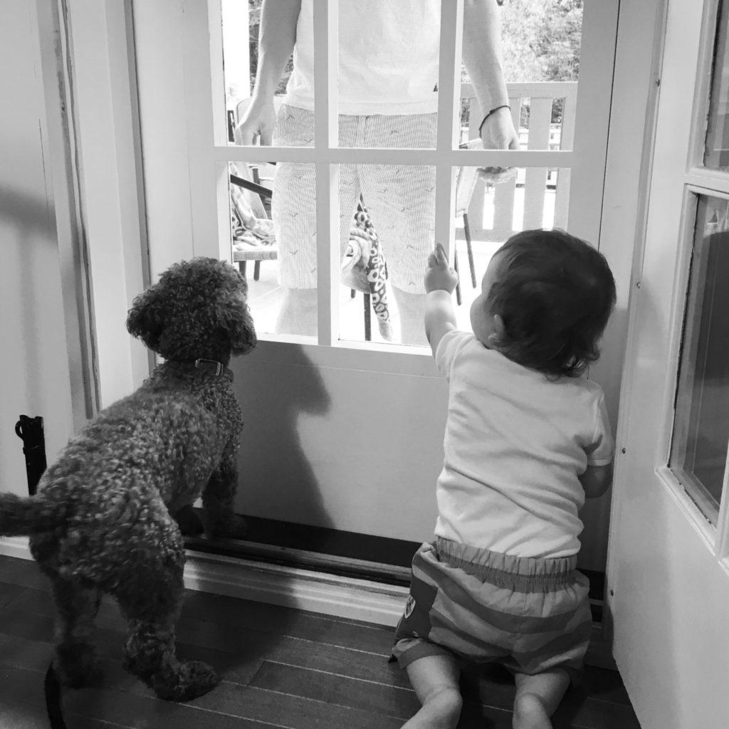 Tous les deux aussi excités de voir leur Dada