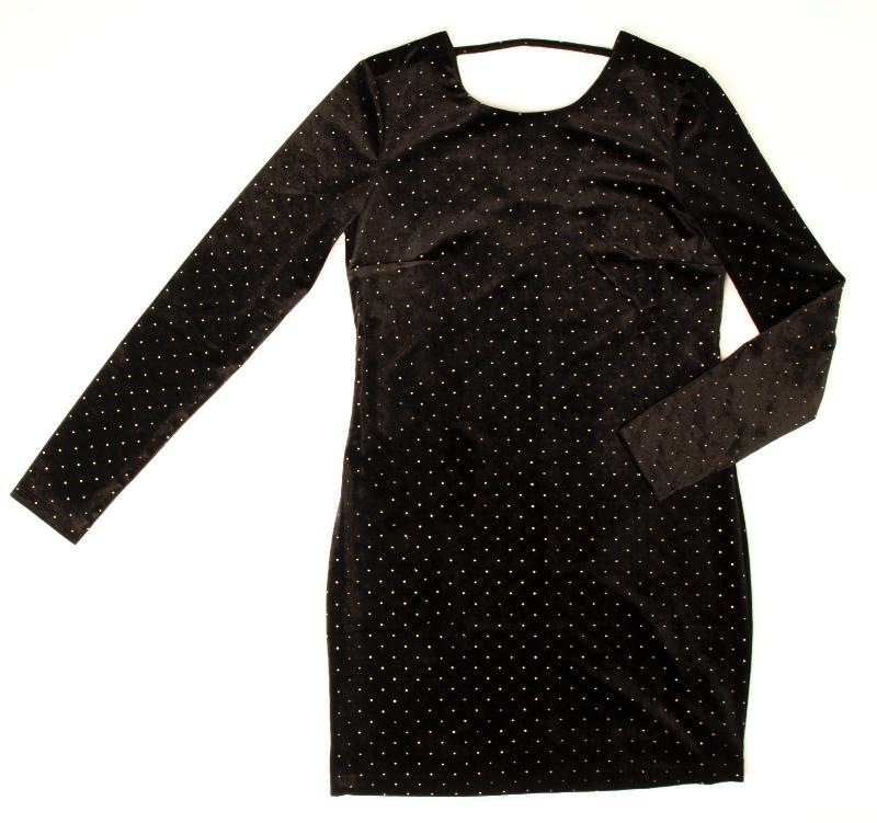 Robe de velours noire à appliqués dorés 29,98$